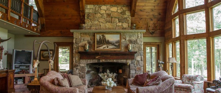 Home for the Holidays: A Collection of Cozy Country Retreats