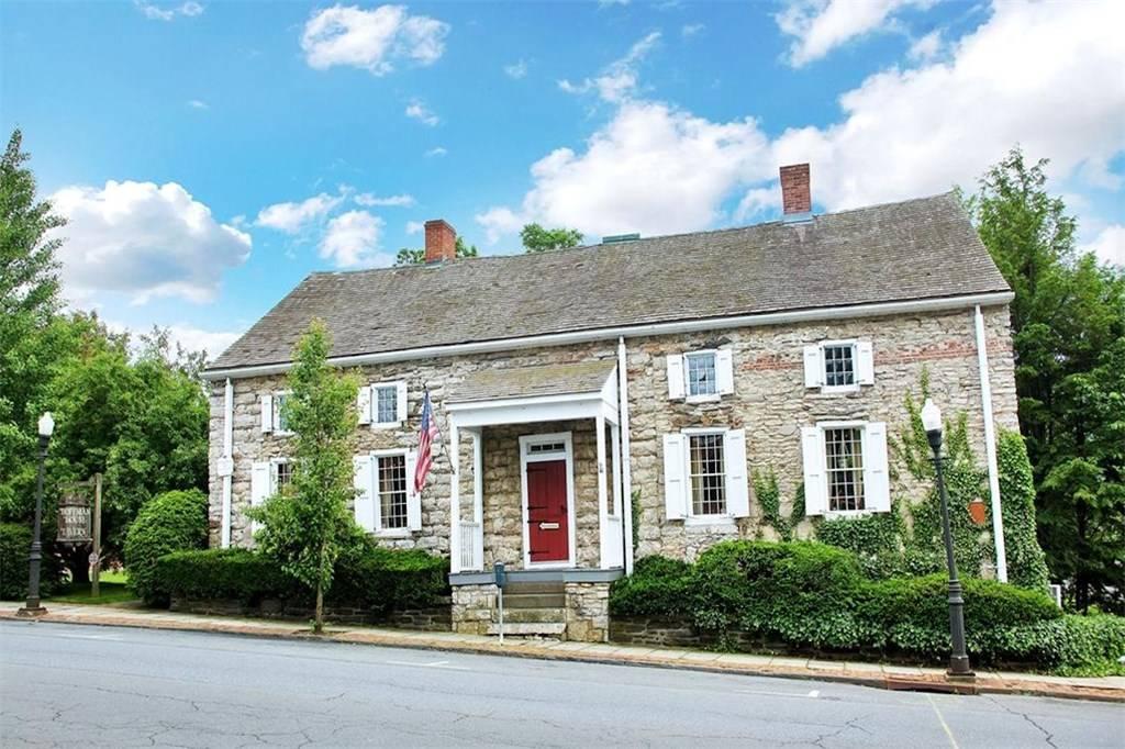 The Hoffman House, Kingston