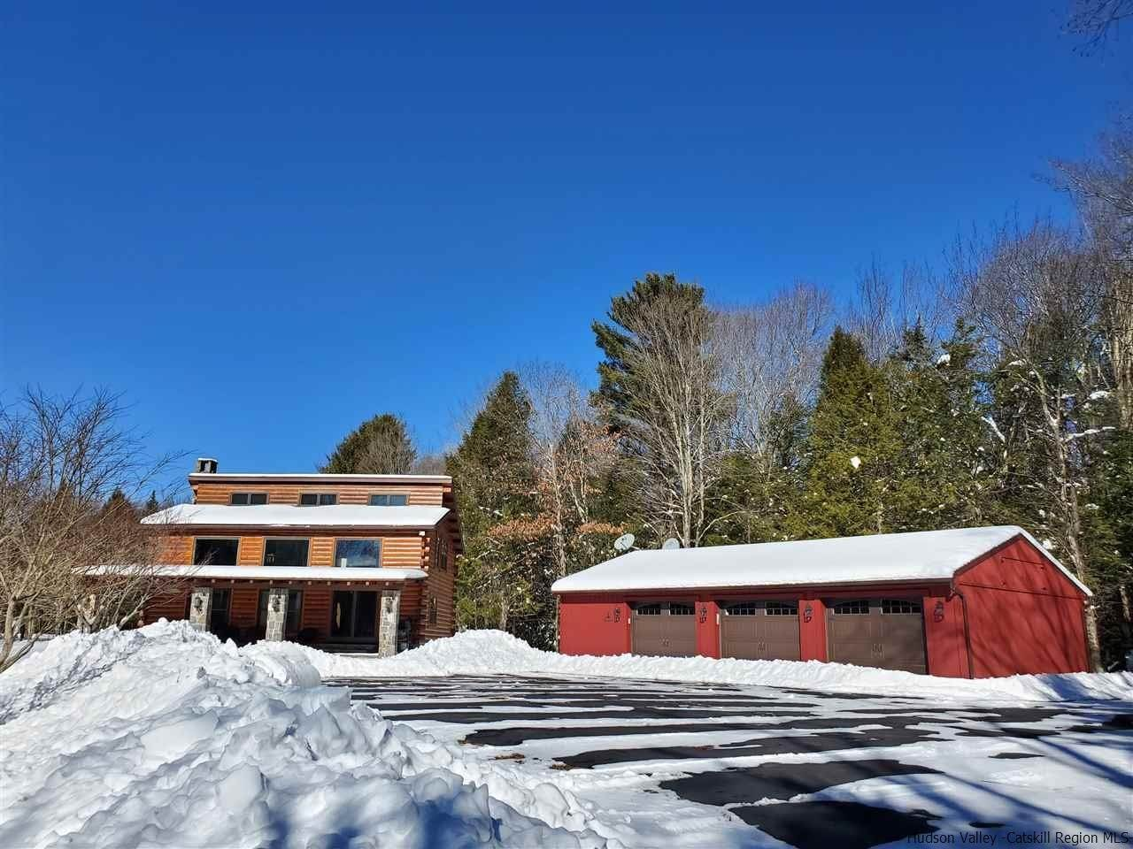 Single Family Homes for Sale at 330 Briggs Highway Ellenville, New York 12428 United States