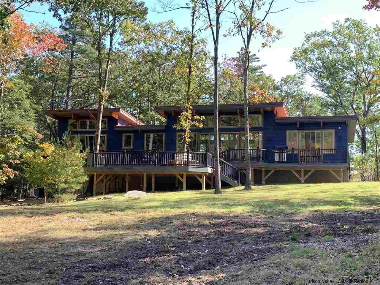 Single Family Homes for Sale at 2 RAYCLIFFE Drive Woodstock, New York 12498 United States