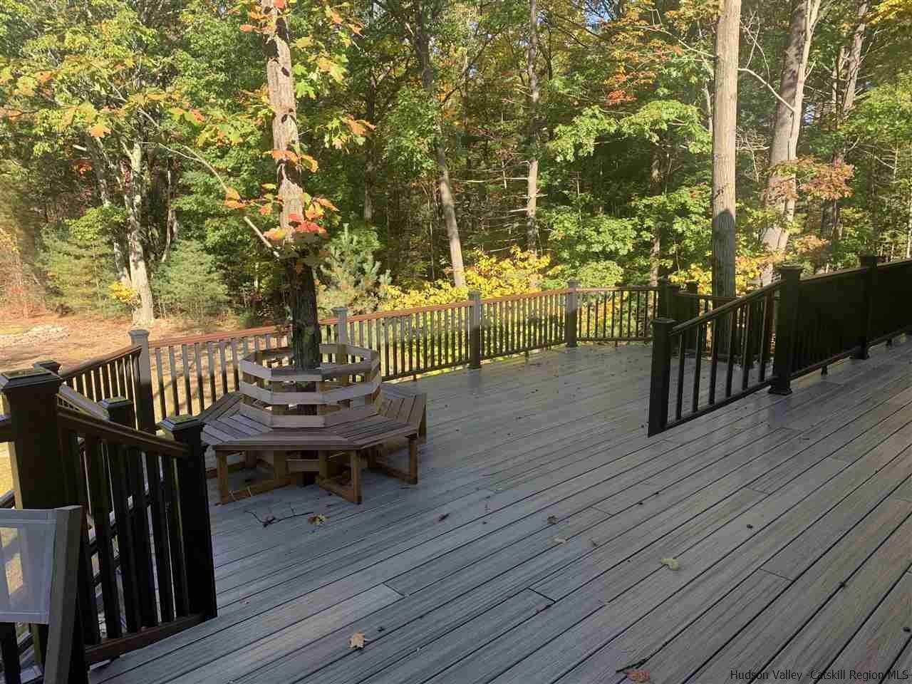 5. Single Family Homes for Sale at 2 RAYCLIFFE Drive Woodstock, New York 12498 United States