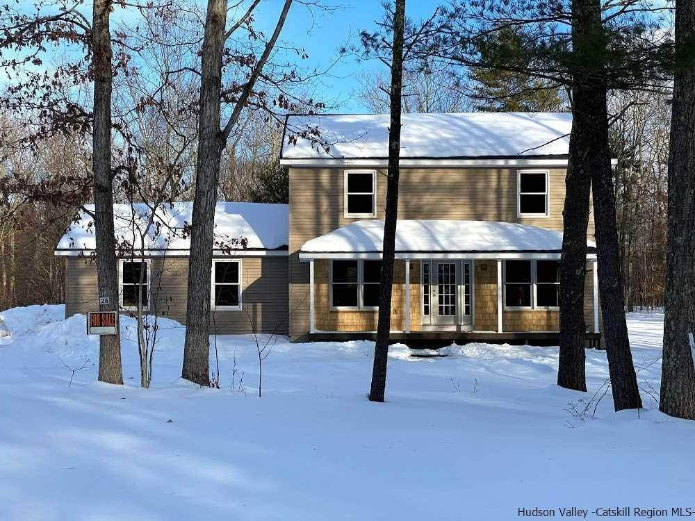 Single Family Homes for Sale at 26 Thistle Grove Round Top, New York 12473 United States