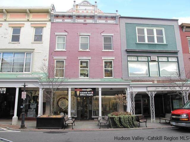 Retail at 328 Wall Streets A Kingston, New York 12401 United States