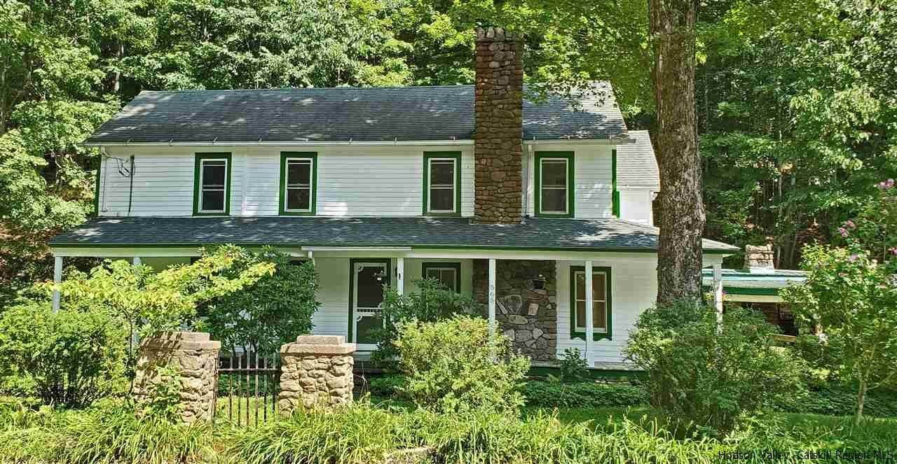 Single Family Homes pour l Vente à 565 Oliverea Road Shandaken, New York 12410 États-Unis