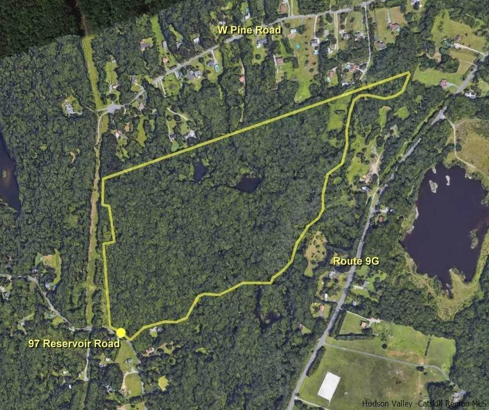 Single Family Homes pour l Vente à 97 Reservoir Road Staatsburg, New York 12580 États-Unis