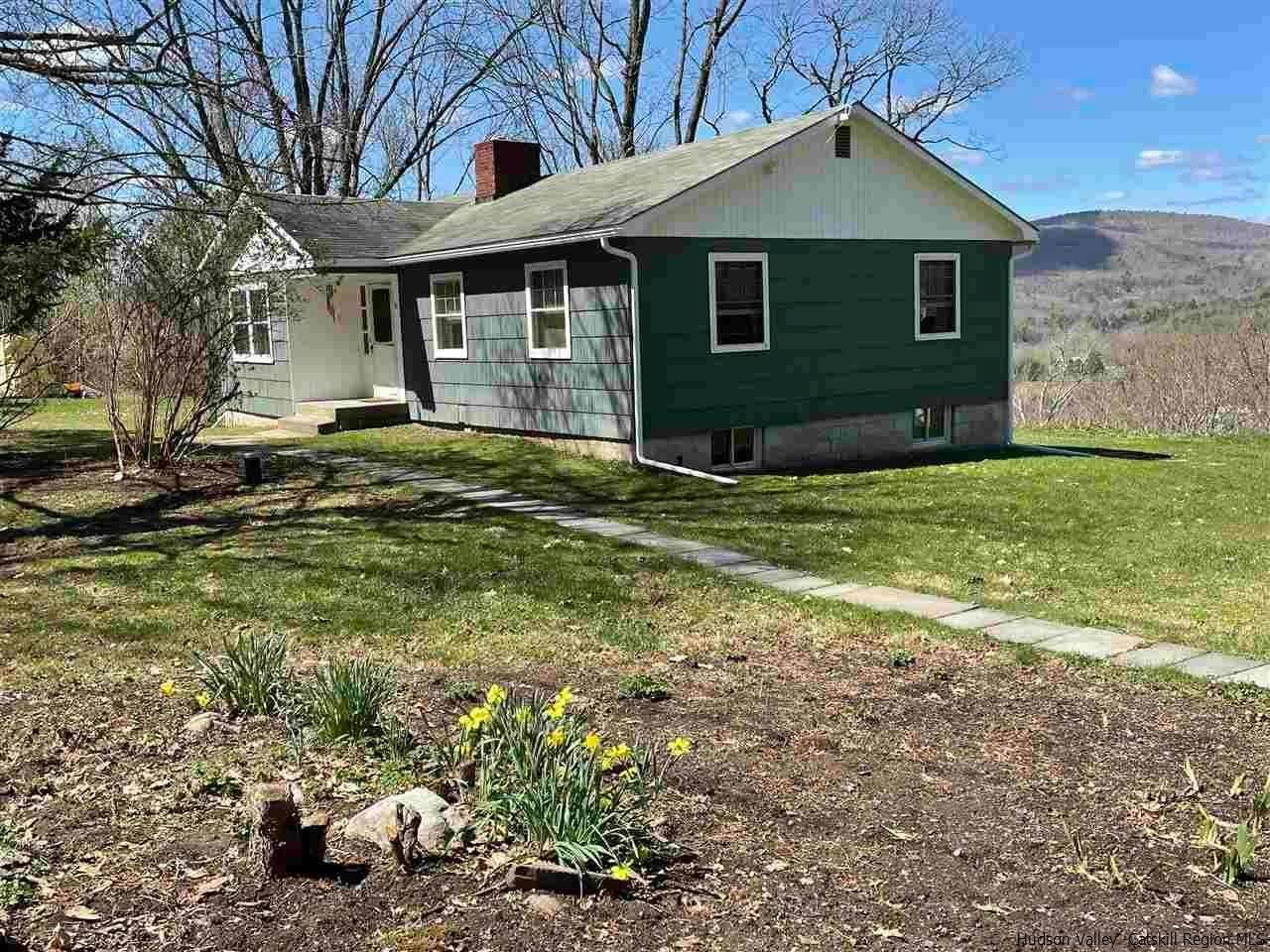 Single Family Homes for Sale at 44 Old Plank Road Ellenville, New York 12428 United States