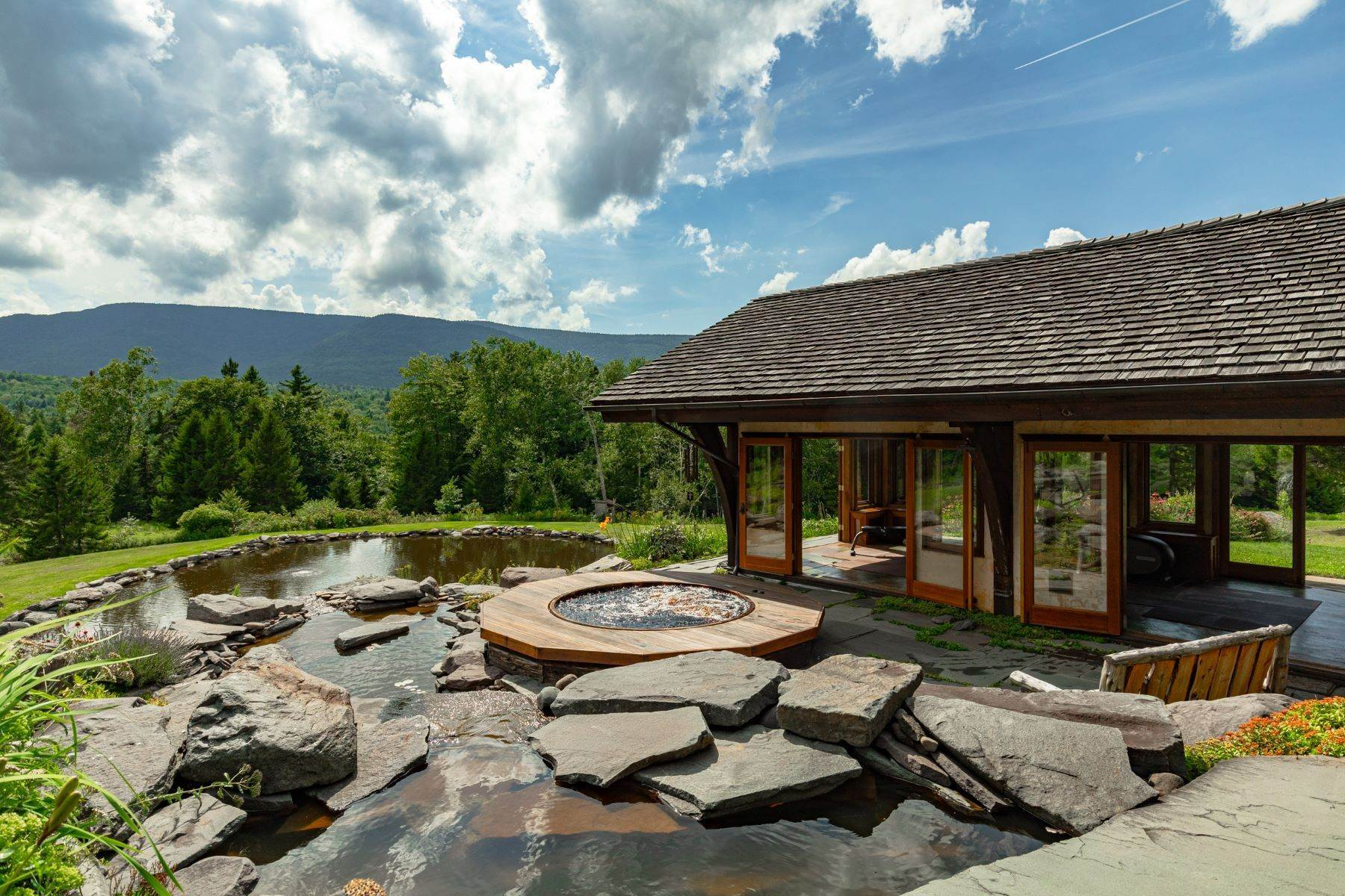 29. Single Family Homes for Sale at Birchwood Mountain Estate Hunter, New York 12427 United States