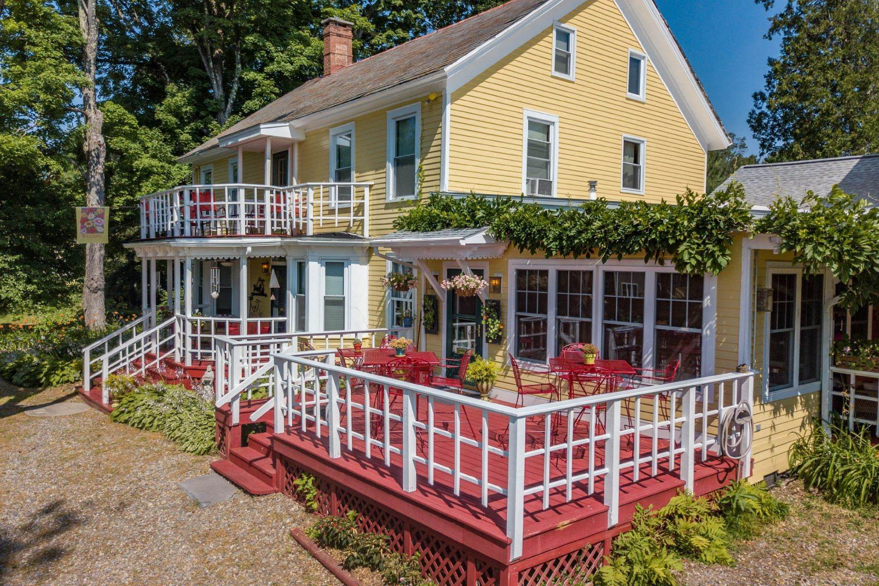 Single Family Homes for Sale at Saratoga Farmstead Bed and Breakfast 41A Locust Grove Rd Saratoga Springs, New York 12866 United States