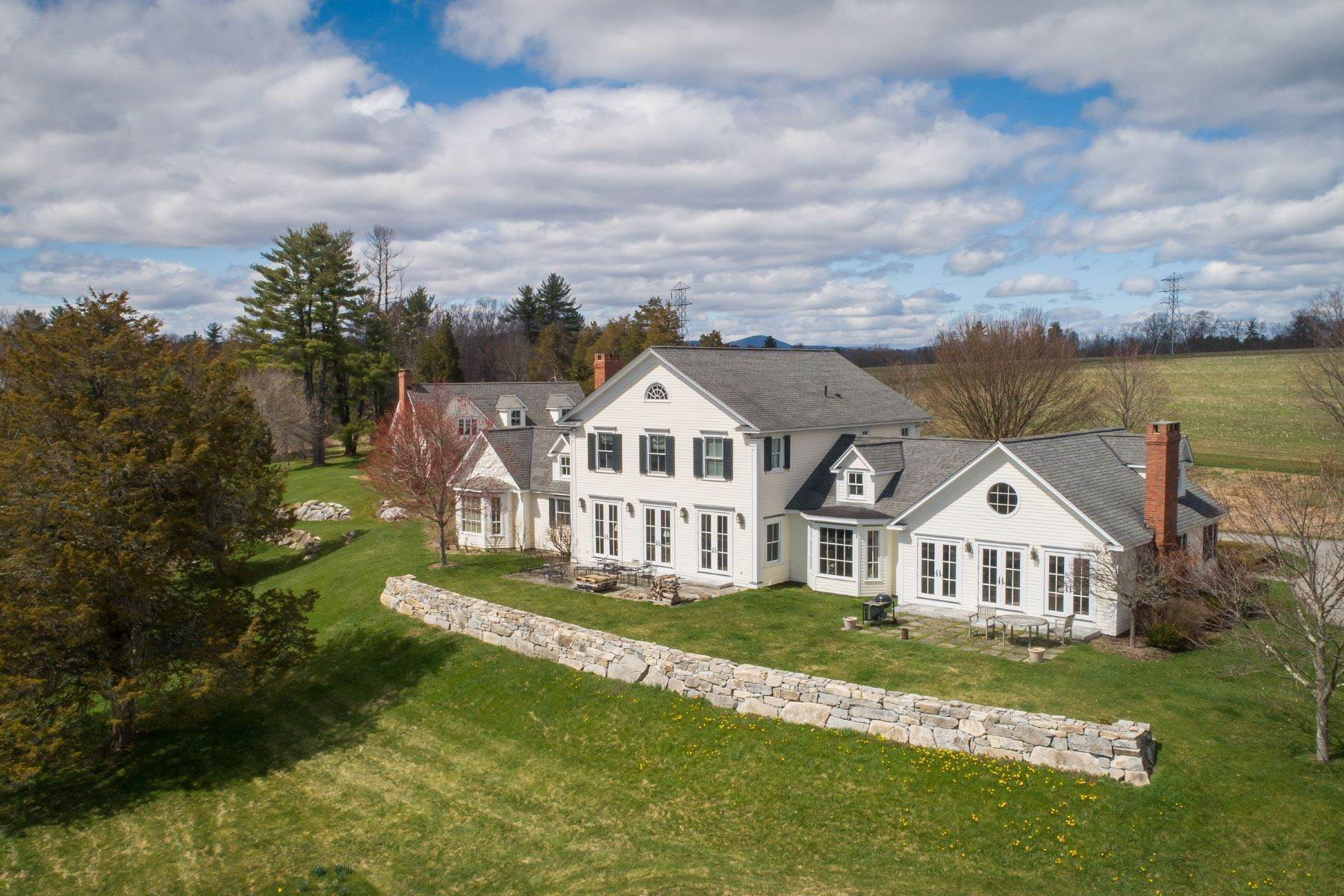 Single Family Homes for Sale at BEAUTIFUL LAKEVILLE ESTATE 180 Lime Rock Road Salisbury, Connecticut 06039 United States